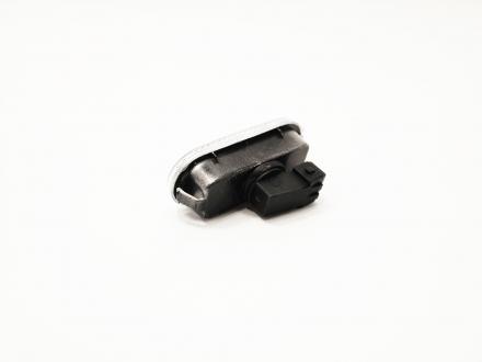 Повторитель поворота (белый) Chery Amulet A11-3731010AB