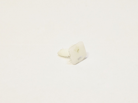 Клипса в пороги Chery Amulet A11-5101035