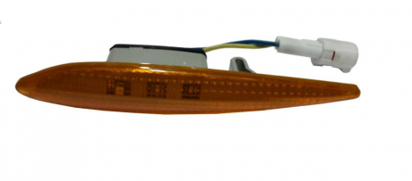 Повторитель поворота в крылo R ЗАЗ Chery Forza A13-3731020