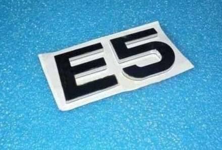Эмблема решетки радиатора Chery E5 A21-3921501FL