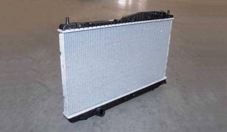 B11-1301110 Auto Parts Радиатор охлаждения Chery Eastar