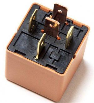 Реле топливного насоса (5 контактов) Daewoo Lanos KAP 94580644
