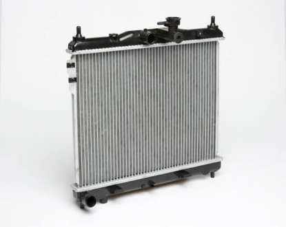 Радиатор охлаждения Getz 1.1/1.3/1.4/1.6 (02-) МКПП 478*370*16 (алюм) (LRc HUGz02110) Luzar