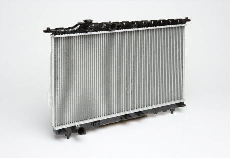 Радиатор охлаждения Sonata/Magentіs 2.0/2.4/2.5/2.7 (98-) МКПП (алюм) (LRc HUSo98101) Luzar
