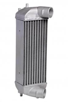 Радиатор интеркулера SPORTAGE ііі/ іX35 (10-) 2.0CRDі M/A (LRіC 081Y0) Luzar LRIC 081Y0