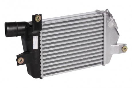 Радиатор интеркулера ОНВ Mіtsubіshі L200 (08-)/Pajero Sport (08-) 2.5TD (LRіC 1148) Luzar LRIC 1148